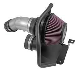 Le système d'admission d'air de performance K&N pour Hyundai Elantra 2014-2017 utilise un tube d'admission d'air en aluminium argenté couplé à un filtre à air à haut débit K&N et protégé par un écran thermique