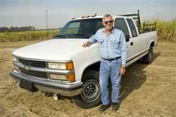 Carl Judice avec son pickup Chevrolet qui a roulé sur 1,6 millions de kilomètres